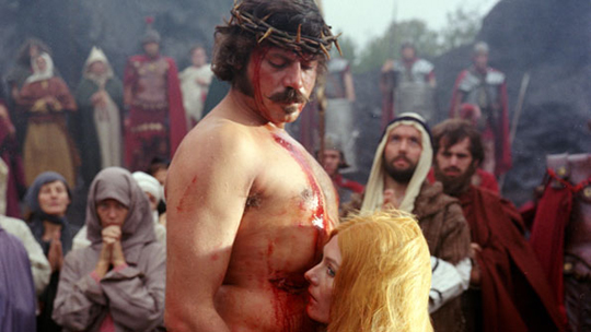 picture of oliver reed and vanessa redgrave in the devils