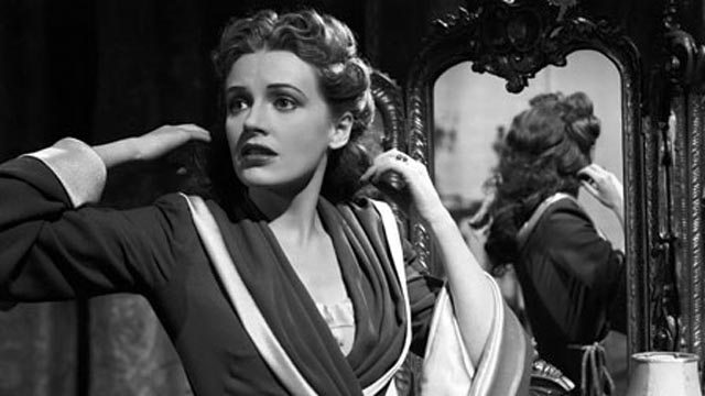 Maddalena (Phyllis Calvert) feels her other personality coming on in Madonna of the Seven Moons (1945)