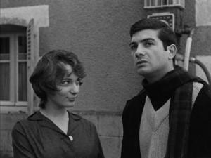 Marie (Bernadette Lafont) desires Francois