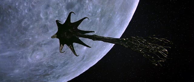 The alien ship in Tobe Hooper's Lifeforce (1985)