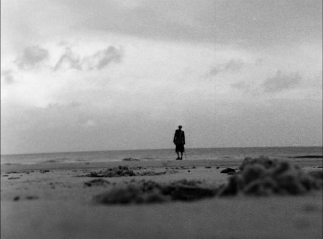 The unease of open spaces: Michael Hordern in Jonathan Miller's Whistle and I'll Come To You (1968)