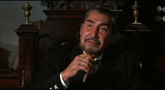 Emilio Fernandez as El Jefe
