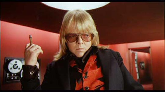 Paul Williams as the demonic Swan