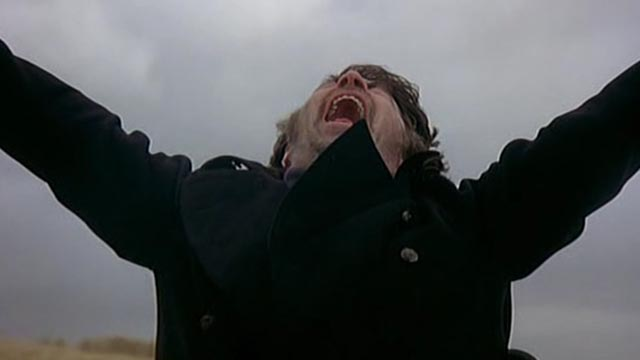 Alan Bates, supernatural force or madman, in Jerzy Skolimowski's The Shout (1978)