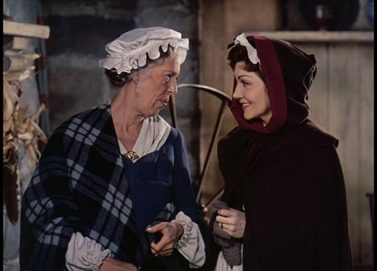 Edna May Oliver as the feisty widow McKlennar