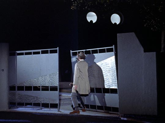 M. Hulot's arrival observed