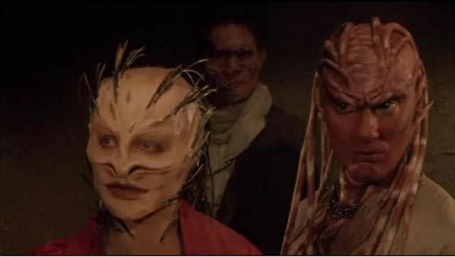 Shuna Sassi (Christine McCorkindale) and Peloquin (Oliver Parker), sympathetic monsters in Clive Barker's Nightbreed (1990)