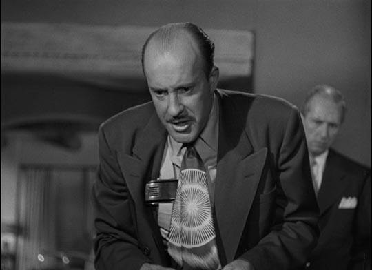 ... crass gangster Frank Hugo (Fred Clark)