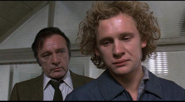 Dr Dysart (Richard Burton) and Alan Strang (Peter Firth) in Equus