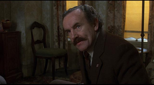 Colin Blakely as Alan's father; as tormented as his son