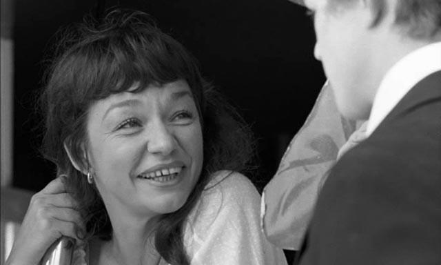 Ulla Sjöblom as Olivia