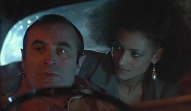 The naive George is easy prey to the seductively manipulative Simone in Mona Lisa (1986)