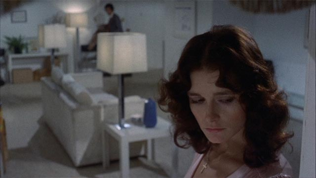 Margot Kidder as troubled twin Danielle Breton in Brian De Palma's Sisters (1973)