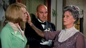 Lisa Reiner (Elke Sommer), Leandro (Telly Savalas) and The Countess (Alida Valli) in Mario Bava's Lisa and the Devil (1973)