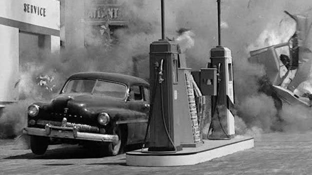 A car bomb goes off in Arthur Ripley's Thunder Road (1958)