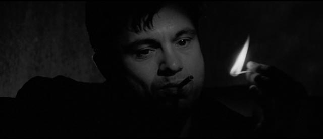 The atmospheric introduction of Robert Blake as Perry Smith in Richard Brooks' In Cold Blood (1967)