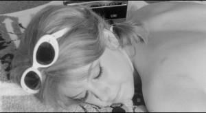 Our first glimpse of Adriana (Stefania Sandrelli) in Pietrangeli's I Knew Her Well (1965)