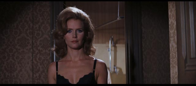 Lee Remick as Leland's estranged wife Karen in Gordon Douglas' The Detective (1968)