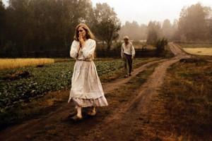 Kristina and Karl Oskar struggle to survive in Sweden in Jan Troell's The Emigrants (1971)