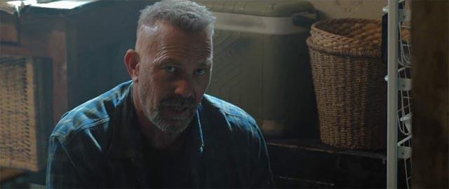 Kevin Costner as psychopath Jericho Stewart in Ariel Vroman's Criminal (2016)
