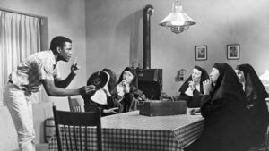 Homer (Sidney Poitier) gives the nuns an impromptu English lesson in Ralph Nelson's Lilies of the Field (1963)