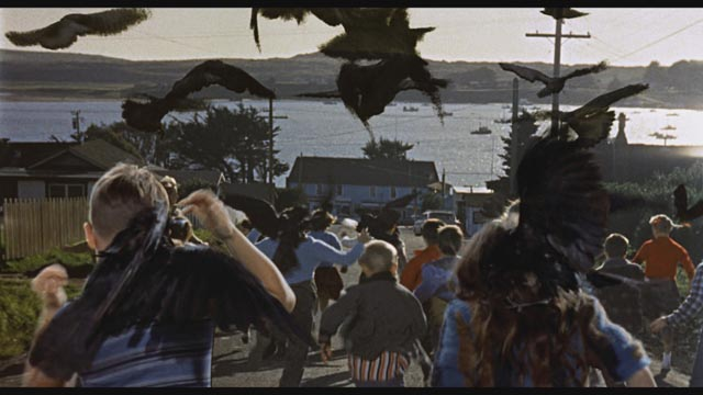 The attack on the school children in Alfred Hitchcock's The Birds (1963)