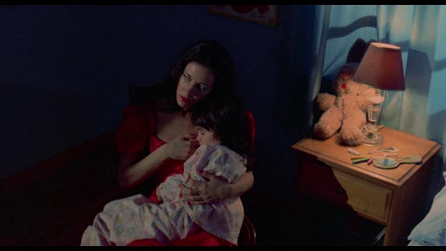 Deranged mother love in Robert Allen Schnitzer's The Premonition (1976)