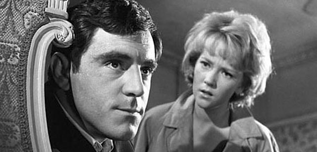 Patsy (Julia Foster) tries to penetrate Sammy's bitter defensiveness in Ken Hughes' The Small World of Sammy Lee (1963)