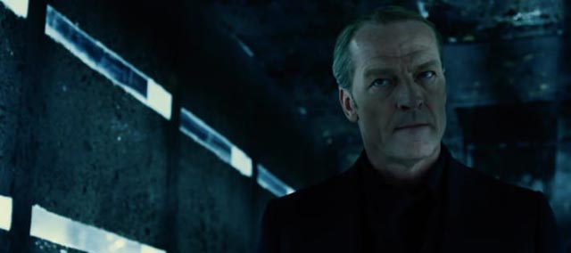 Dr. Isaacs (Iain Glen), architect of the apocalypse in Paul W.S. Anderson's Resident Evil: The Final Chapter (2016)