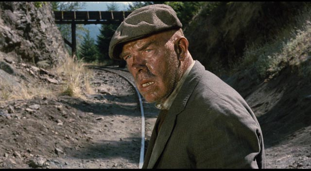 Lee Marvin as A Number 1, determined to catch a ride in Robert Aldrich's Emperor of the North (1973)