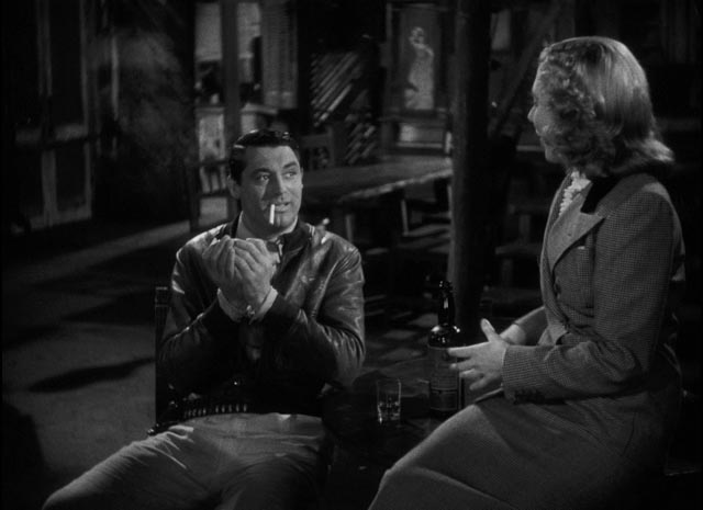 Geoff (Cary Grant) and Bonnie (Jean Arthur) getting to know each other in Howard Hawks' Only Angels Have Wings (1939)