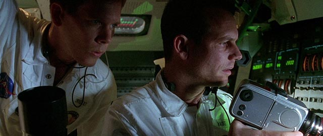 Kevin Bacon and Bill Paxton trapped in space in Ron Howard's Apollo 13 (1995)