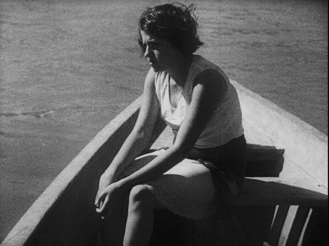 One of the shipwrecked women in Mario Peixoto's Limite (1931)