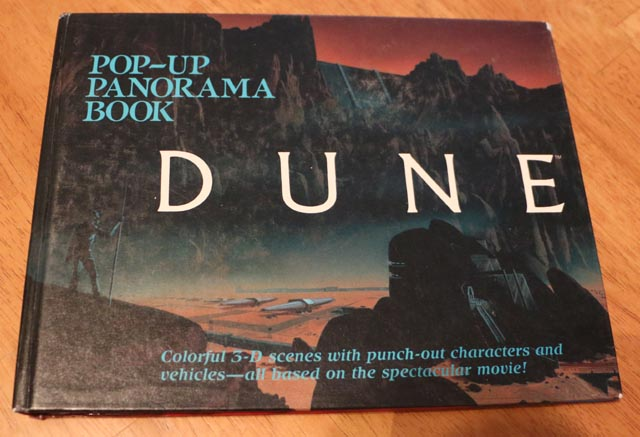 Front cover of the Dune pop-up book