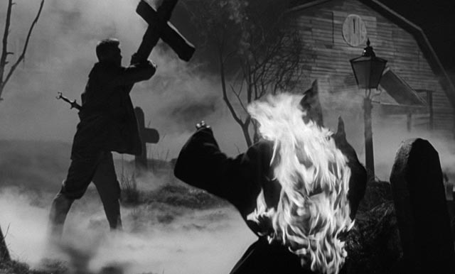 The holy cross proves to possess a laser-like spiritual power in John Llewellyn Moxey's The City of the Dead (1960)