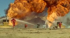 A sepctacular oil field blaze in Andrew V. McLaglen's Hellfighters (1968)