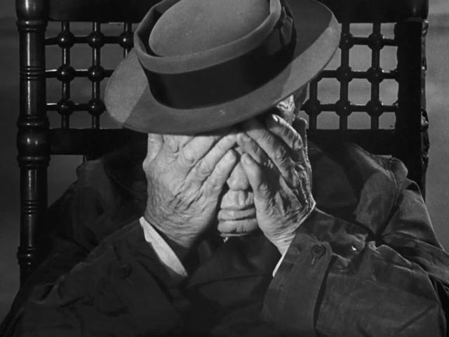 O (Buster Keaton) confronts the horror of existence in Samuel Beckett's Film (1965)