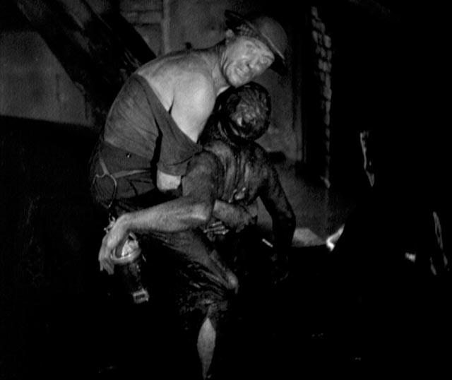 Workers, like soldiers, die for their masters in G.W. Pabst's Kameradschaft (1931)