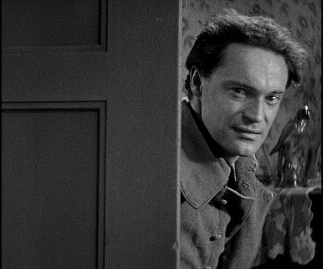 Karl (Gustav Diessl) returns home unexpectedly in G.W. Pabst's Westfront 1918 (1930)