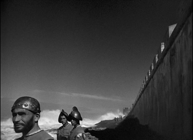 Welles makes expressive use of locations in Orson Welles' Othello (1952/55)