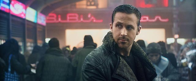 ... while K (Ryan Gosling) hangs out at the mall in Denis Villeneuve's Blade Runner 2049 (2017)