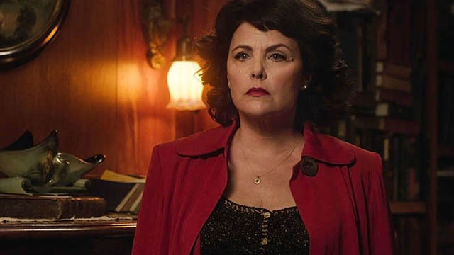 Audrey Horne (Sherilyn Fenn) trapped in a static marriage in David Lynch's Twin Peaks (2017)