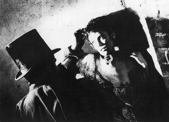 Baker and Berman's camerawork becomes appropriately expressionistic during the murders in Robert S. Baker and Monty Berman's Jack the Ripper (1959)