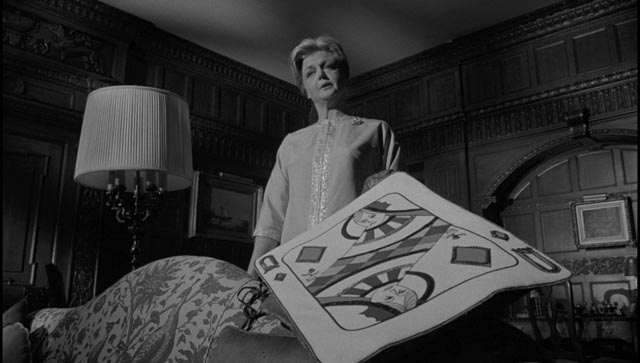Angela Lansbury as the quintessential controlling mother in John Frankenheimer's The Manchurian Candidate (1962)
