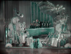 """The giant piano set for """"Rhapsody in Blue"""" in John Murray Anderson's King of Jazz (1930)"""