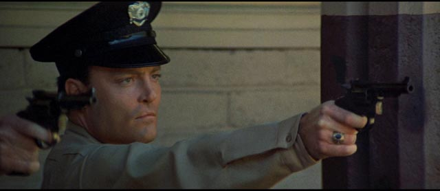 Stacy Keach as an idealistic recruit of the LAPD in Richard Fleischer's The New Centurions (1972)