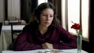 As Estrella (Icíar Bollaín) grows older she wants to know about her father's past in Victor Erice's El Sur (1983)