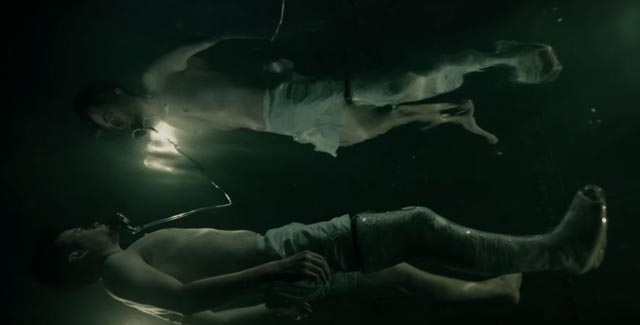 Lockhart (Dane DeHaan) undergoes an extreme water cure in Gore Verbinski's A Cure for Wellness (2016)