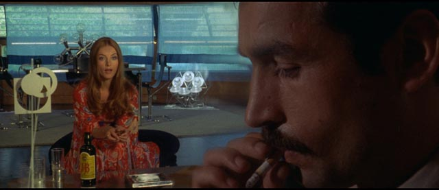 A classic giallo cameo by a bottle of J&B scotch in Lucio Fulci's Don't Torture a Duckling (1972)