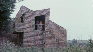 Barbara (Robin Strasser) shows David (Arthur Roberts) her dream house in The Bride (1973)